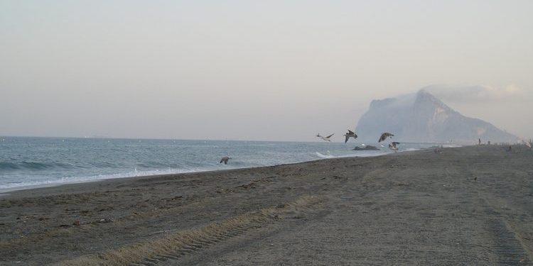 La Playa de El Burgo abre sus puertas