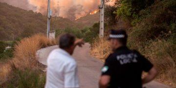 Fuego en Sierra Bermeja