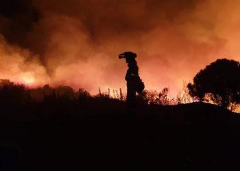 Fuego en Peñas Blancas en Estepona