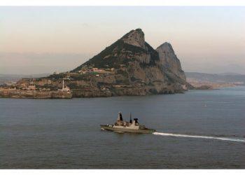 El HMS Defender llegará a Gibraltar