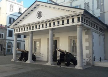 Nº 6 Convent Place sede del Gobierno de Gibraltar