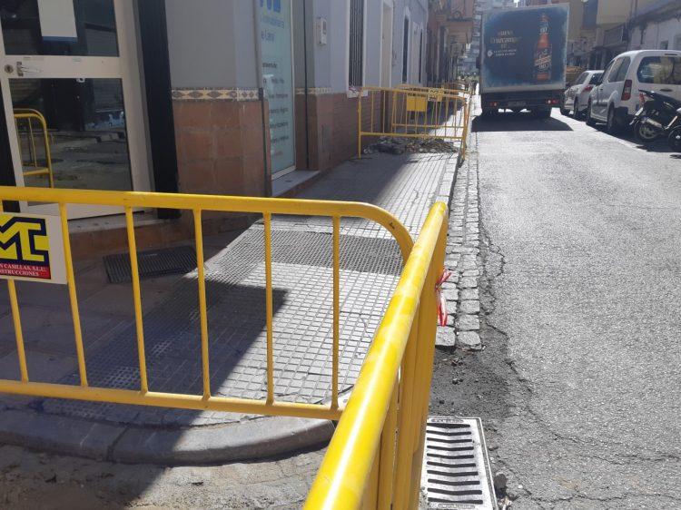 Obras de peatonalización en la calle Carboneros