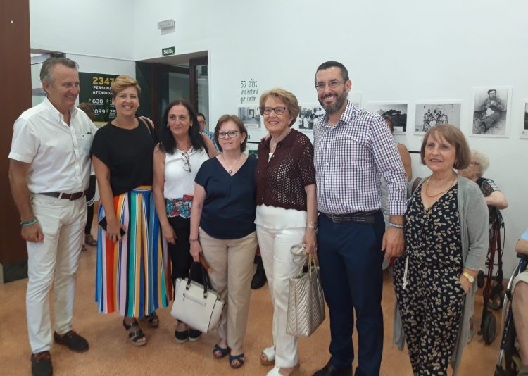 Visita municipal a la exposición de Asansull
