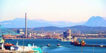 Vista de las industrias, aportada por los ecologistas
