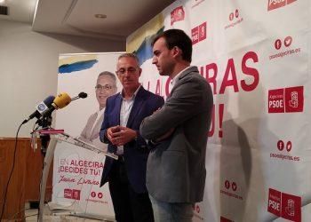 Daniel Moreno y Juan Lozano en la sede del PSOE. Archivo