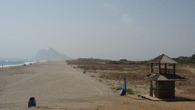 Playa El Burgo, Archivo