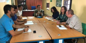 David Gil, reunido con los técnicos municipales de su delegación