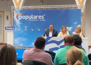 Un momento de la reunión comarcal del PP.