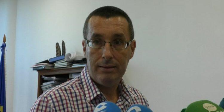 El alcalde de La Línea, Juan Franco.