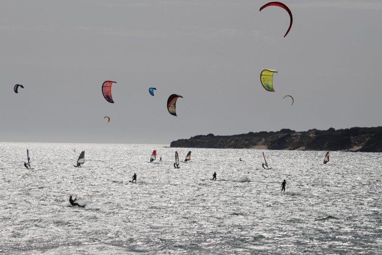 Costa tarifeña, idónea para estos deportes