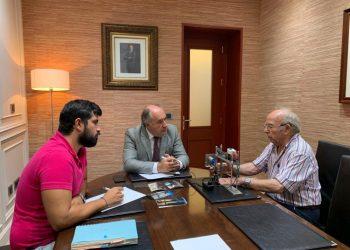 Juliá, Landaluce y Martí, en una reunión de trabajo