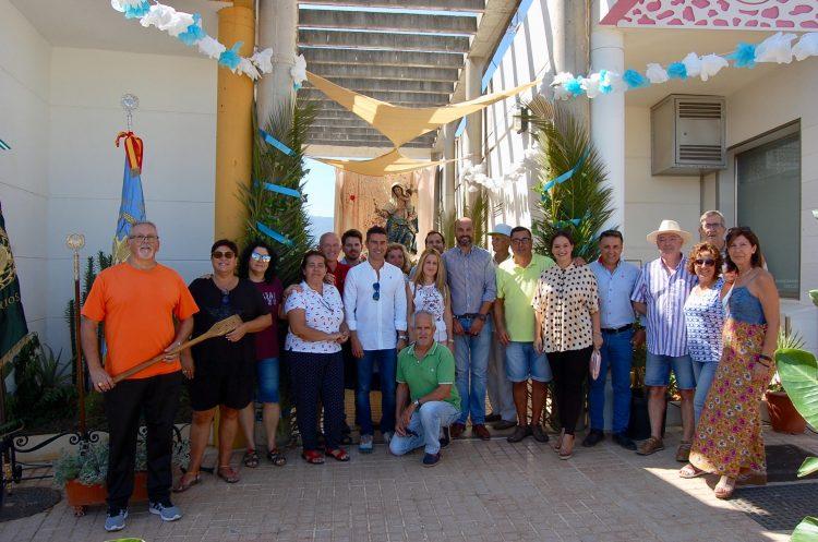 El alcalde, acompañado por varios concejales, visitó la AAV de El Lazareto