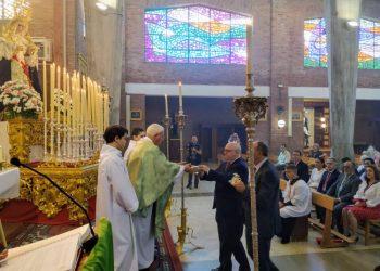 Celebración de la santa misa en la Parroquia salesiana