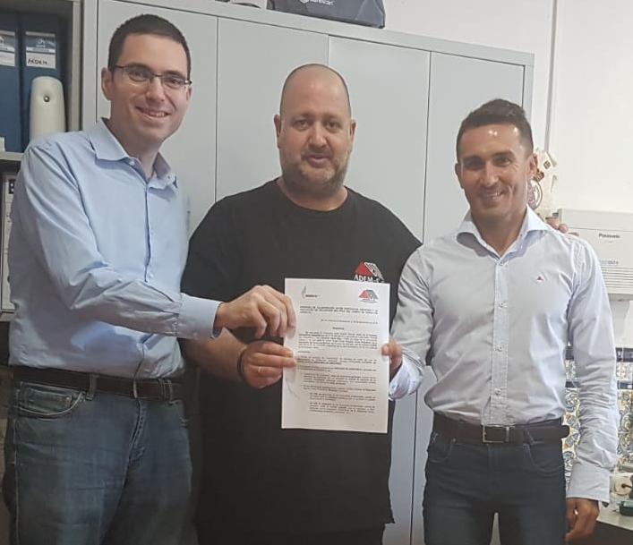 Firma del convenio entre ADEM-CG e Innovaplus Asesores