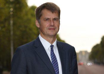 El embajador de Reino Unido en España, Hugh Elliot.