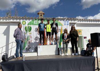 El podio con los ganadores masculinos