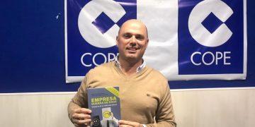 José Antonio Fernández Viñas presenta su libro