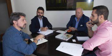 Mario Fernández, reunido con FAEC