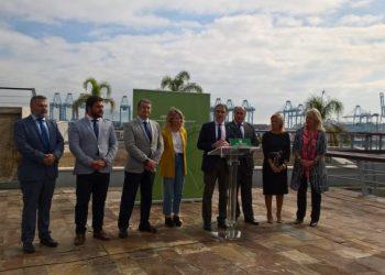 Elías Bendodo se reúne en Algeciras con los empresarios del Campo de Gibraltar