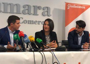 Imagen de Sergio Romero, Mari Carmen Martínez y Sergio Pelayo en rueda de prensa