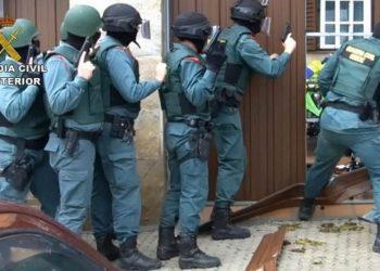 Imagen de archivo de un registro realizado por la Guardia Civil