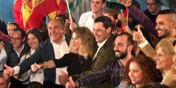 Moreno, junto a Mestre y Landaluce