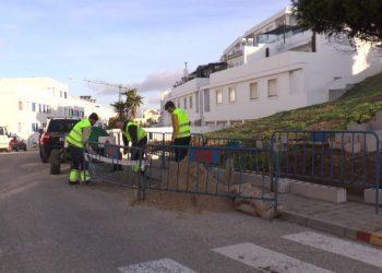 Trabajos de reparación y mejora en calles tarifeñas.