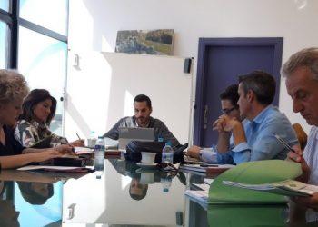 Mario Fernández preside la Mesa de Coordinación