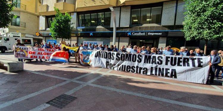 Protesta de los taxistas en Algeciras