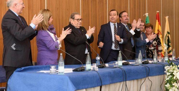 El Dr. Ángel Brioso, Premio Santa Apolonia 2019