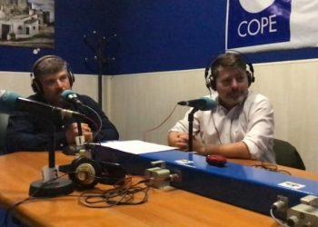José Romo y José López SanLuis, en los estudios de Cope.