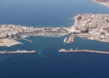 Imagen aérea del puerto de Ceuta
