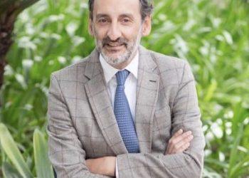 Dr Carlos Miguel de Sola Earle