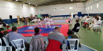 Karatecas del Campo de Gibraltar se dieron cita en el pabellón