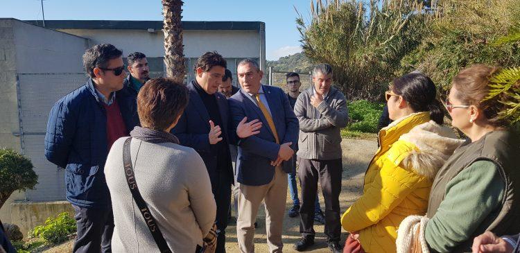 Los delegados territoriales analizan la situación del IES Azahar