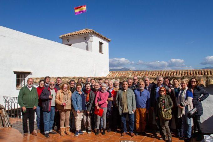 Imagen de los participantes en la reunión de la Asociación Casa de la Memoria